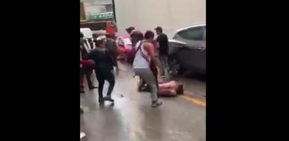 asaltante combi pasajeros golpiza delincuente ladron 1