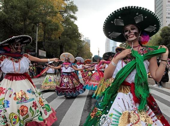 regresa el desfile del dia de muertos a la cdmx 1