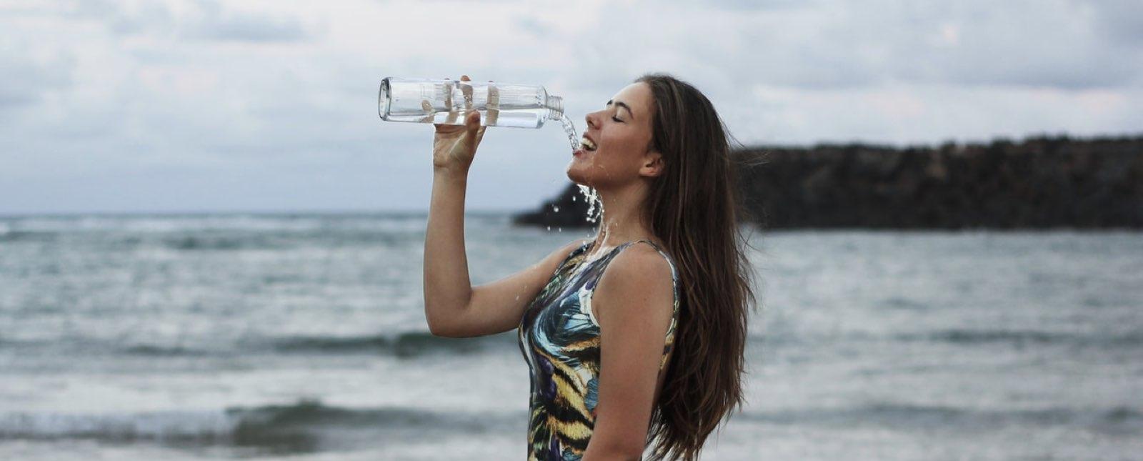La Cantidad De Agua Que Debes Tomar Para Bajar De Peso Según Tu Tipo De Cuerpo Comida