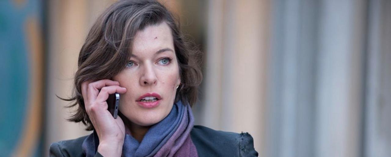 milla-jovovich-apoyo-al-aborto-legal-describe-su-experiencia
