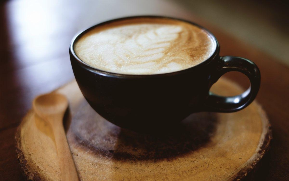 tazas-hechas-con-residuos-de-cafe