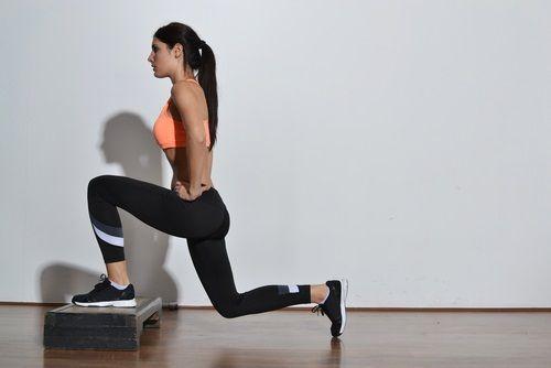 Ejercicios para ensanchar caderas y reducir cintura fácilmente