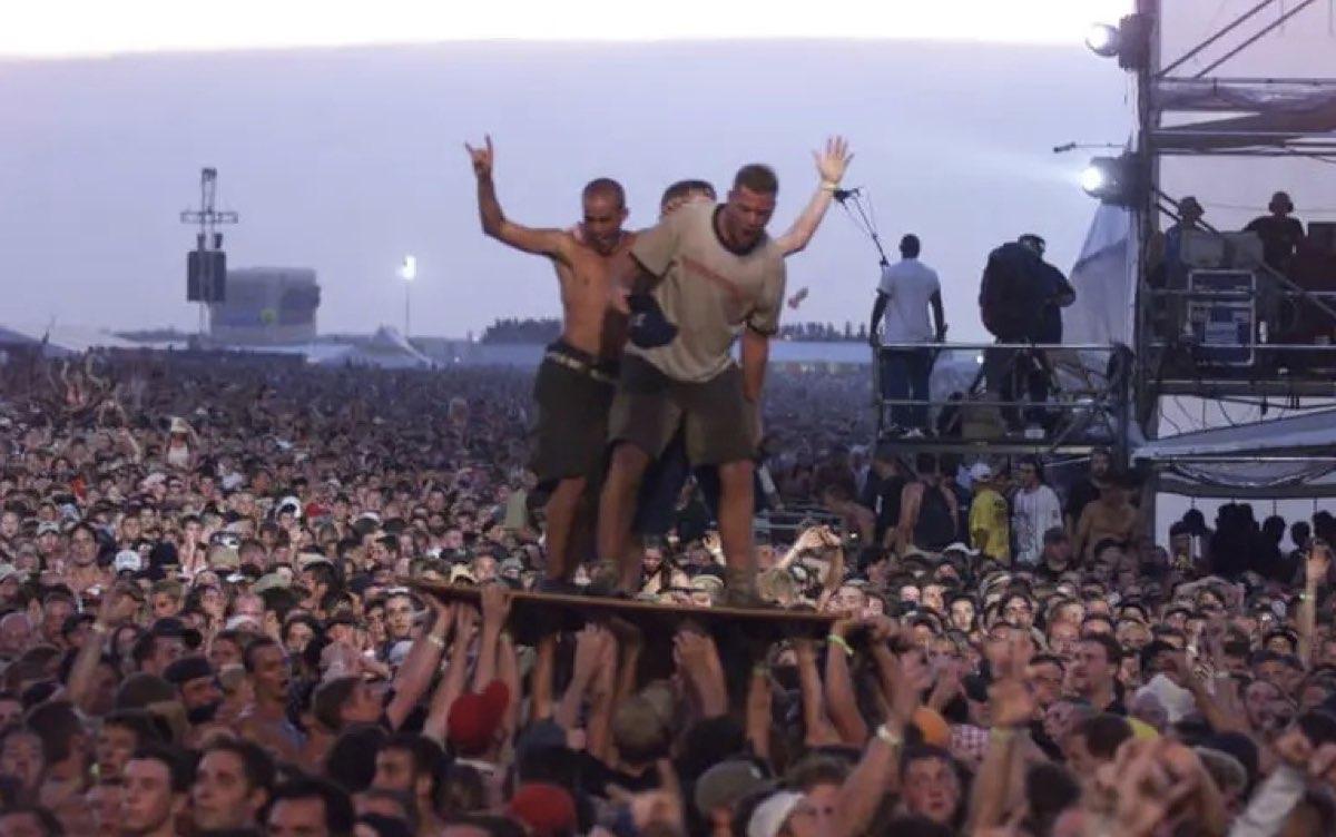 La historia detrás del festival más trágico de la historia: Woodstock '99 - Música