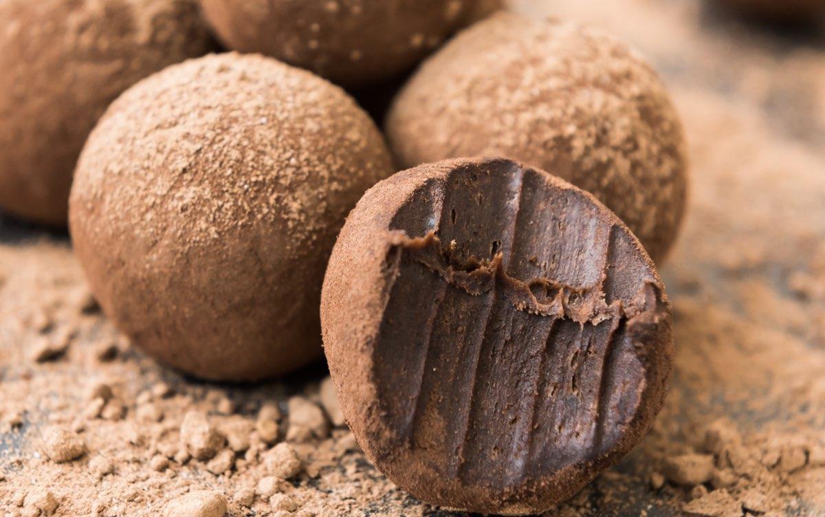trufas-de-chocolate-y-vino-tinto-en-solo-3-pasos