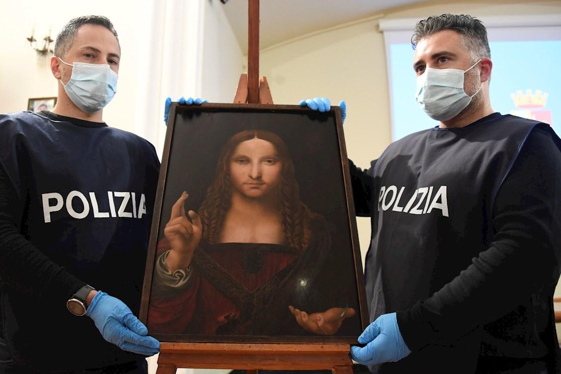 Salvator Mundi: el supuesto mayor misterio de Da Vinci fue encontrado en un armario