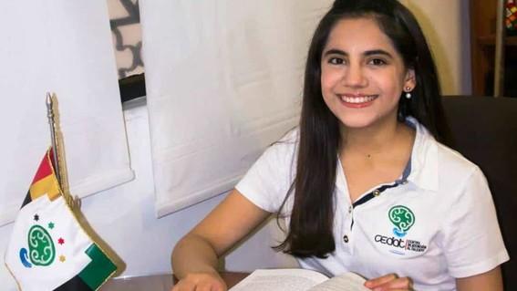 conoce a dafne almazan la mexicana que a sus 17 anos estudiara en harvard