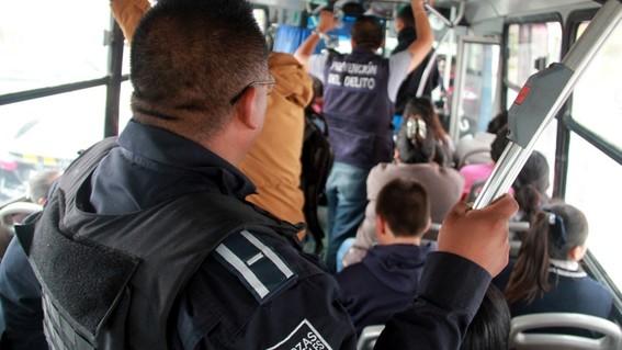 policias armados viajaran en rutas peligrosas transporte publico