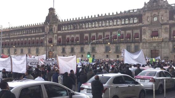 taxistas protestan contra aplicaciones en cdmx