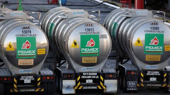 ingresos petroleros de mexico se desploman 52 enero