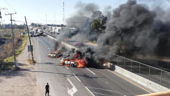 narcobloqueos quemas violencia situacion en guanajuato