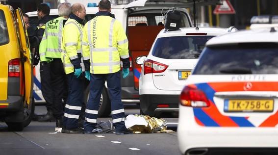 al menos tres muertos y nueve heridos deja tiroteo en holanda