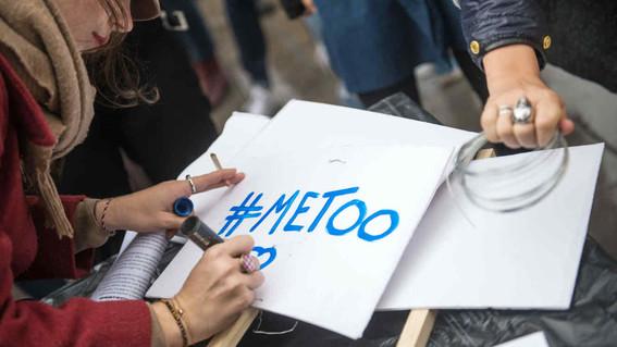 a traves de metooescritoresmexicanos denuncian acoso sexual de escritores en twitter