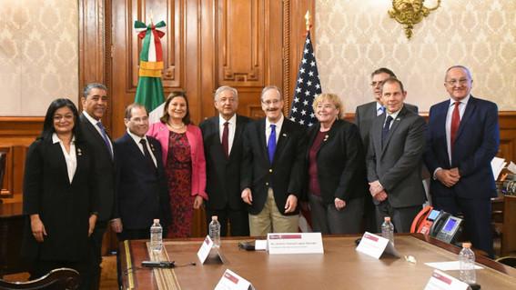 amlo se reune con congresistas de estados unidos