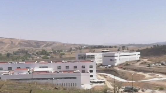 250 hospitales en todo el pais estan abandonados en proceso de construccion o suspendidos