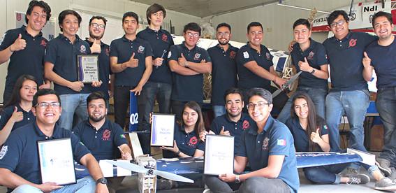 estudiantes del ipn ganan concurso internacional de aeronautica