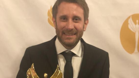 julian kanarek consultor digital del ano napolitans victory awards
