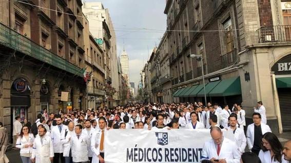 secretaria de salud atendera a medicos residentes