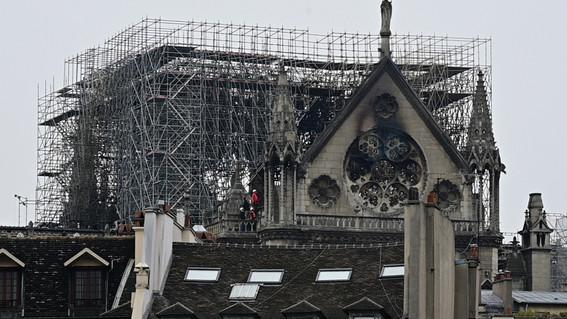 Será larga y costosa la restauración de la Catedral de Notre Dame - mundo