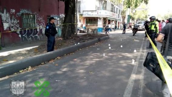 vengador anonimo defiende en metro chabacano