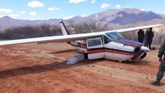 aseguran avioneta con 280 kilos de cocaina en durango