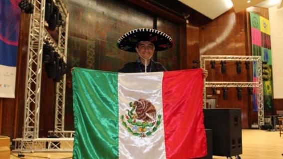 genio mexicano es aceptado en nueve universidades