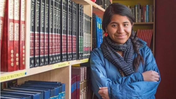 estudiante de la unam crea biblioteca