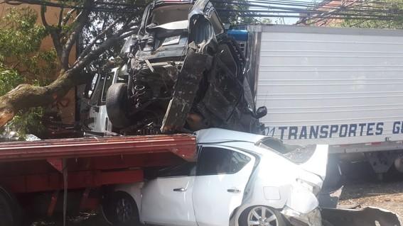 choque en santa fe deja tres muertos y 11 heridos