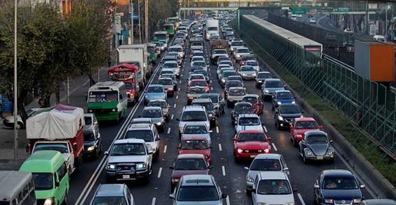 por las vias de acceso controlado no podran circular autos en los que vaya una sola persona