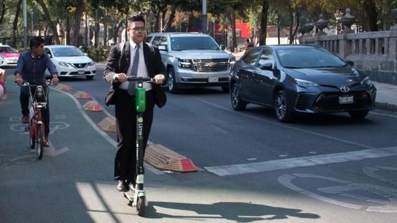 los scooters electricos son una buena opcion de movilidad en la cdmx