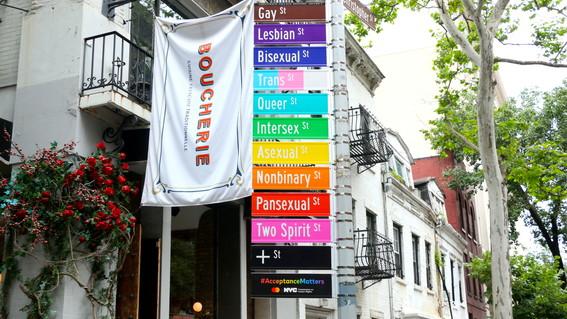 en el mes del orgullo gay nueva york le da la bienvenida a mas de 4 millones de visitantes de todo el mundo para celebrar la sexta edicion del w