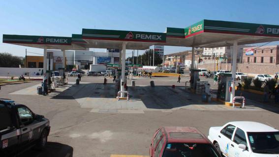 el titular de profeco informo que la gasolinera que mas roba combustible a los usuarios esta localizada en el municipio de acajete en puebla