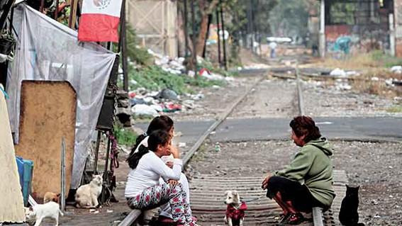 el mapa de la pobreza que realizo el coneval para conocer y ubicar a las regiones urbanas mas rezagadas del pais ente las que destaca iztapalapa