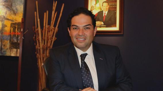 enrique vargas presidente municipal de huixquilucan