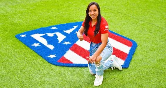 charlyn corral la unica futbolista mexicana en ganar el pichichi jugara junto a su compatriota kenti robles en el atletico de madrid