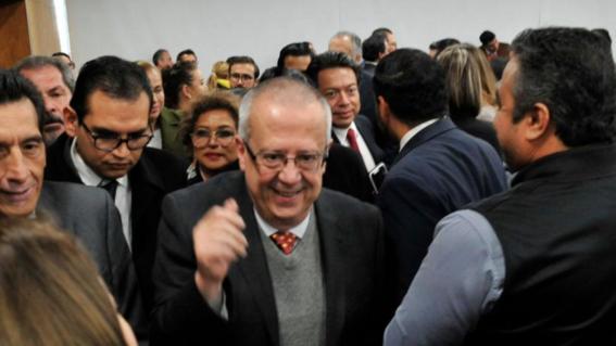 carlos urzua ex secretario de hacienda y credito publico