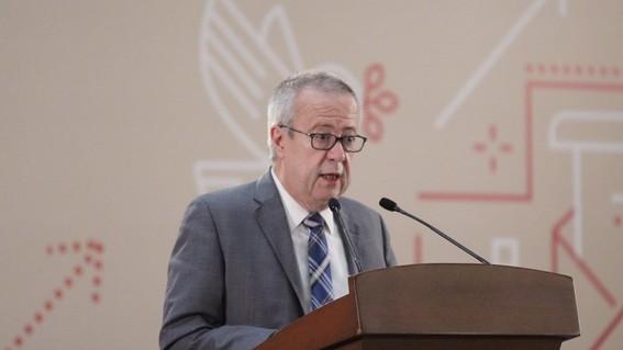 el exsecretario urzua aseguro que en la realizacion de foros de opinion que se crearon en los 32 estados del pais participaron representantes de
