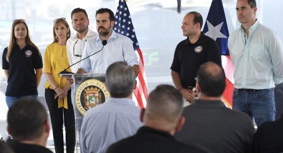 ricardo rossello presento su renuncia al cargo de gobernador de puerto rico
