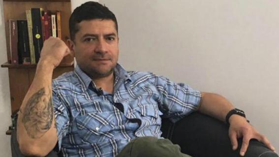 detienen al periodista humberto padgett
