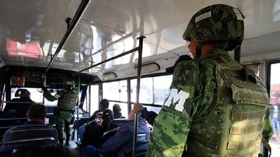 los elementos de la guardia nacional desplegados en todo el pais podran abordar unidades de transporte publico para evitar asaltos
