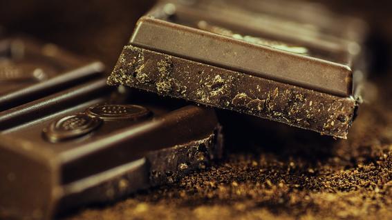 una sexoservidora fue detenida por presuntamente drogar a sus clientes con chocolates para robarles sus pertenencias