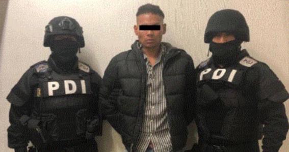 detienen al agresor del reportero atacado en la manifestacion feminista