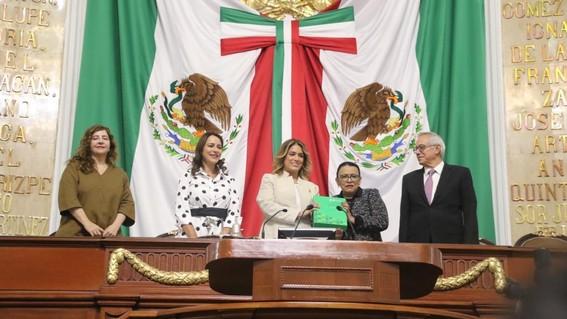 el congreso de la ciudad de mexico instalo su primer periodo de sesiones del segundo ano de trabajos y recibio el primer informe de claudia shein