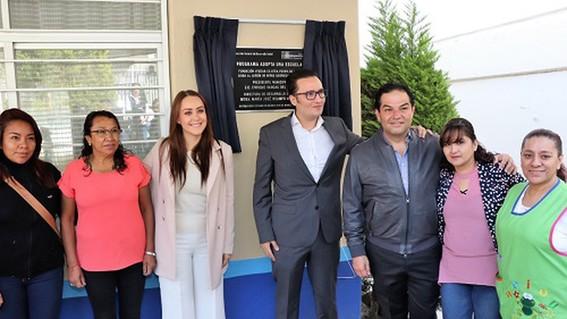 """presidente municipal de huixquilucan implementa el programa """"adopta una escuela"""""""