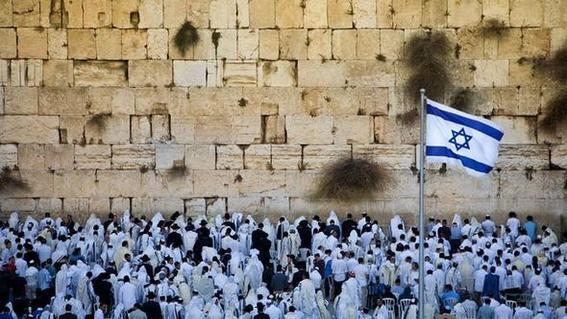 ¿que es yom kippur por que es considerada una celebracion sagrada para los judios y como lo celebran te explicamos los detalles