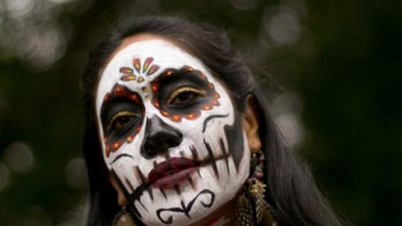 desfile internacional de dia de muertos en la cdmx