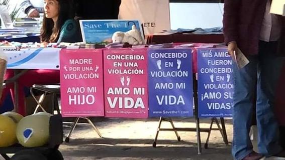 la universidad poblana acogio un congreso de filosofia en el que se difundio propaganda contra el aborto y normalizar la violacion