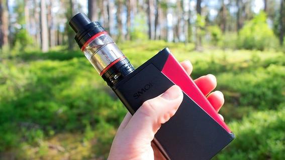 la comercializacion e importacion de cigarros electronicos en el pais ha sido posible gracias a amparos presentados por algunas de las principale