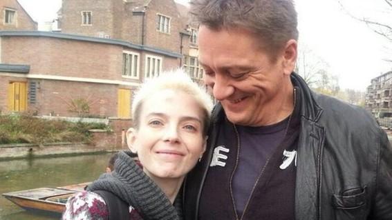 la joven lucho la mitad de su vida contra la anorexia sin embargo no pudo ganar esta batalla que hoy su padre relata