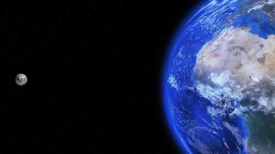 """en el sistema solar existe un planeta """"gemelo"""" a la tierra con practicamente las mismas condiciones para albergar vida se trata de titan la lun"""