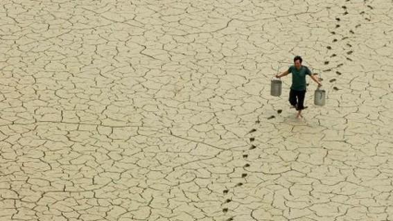 la resolucion convierte a europa en el primer continente en declarar la emergencia climatica con lo que se pide implementar acciones para contene